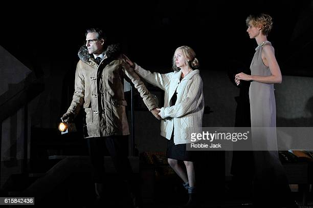 Mark Strong as Donald Dodd Hope Davis as Ingrid Dodd and Elizabeth Debicki as Mona Sanders in David Hare's The Red Barn directed by Robert Icke at...