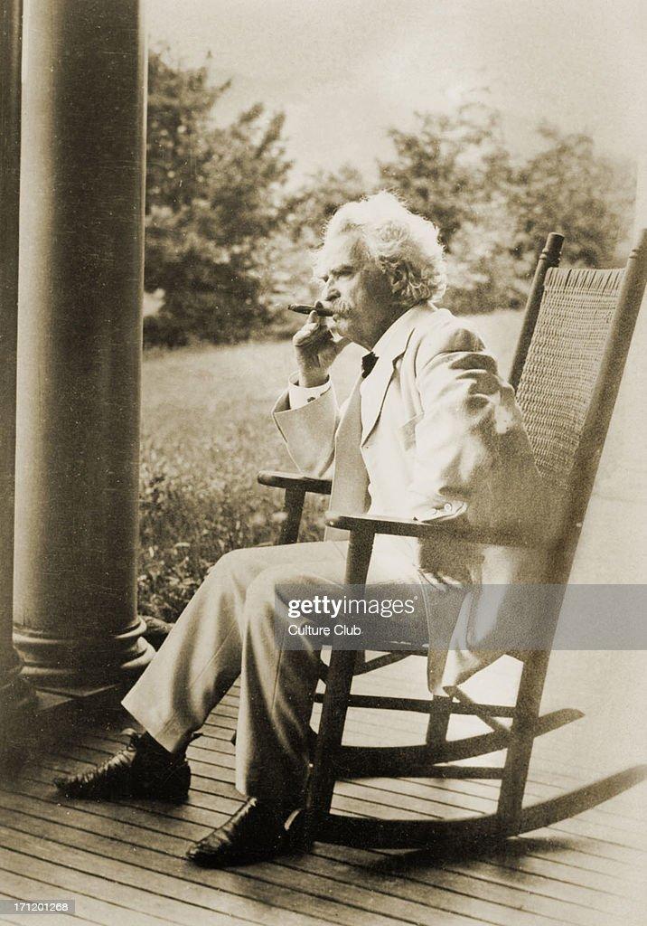 Mark Twain - portrait.  American writer, satirist and novelist. : News Photo