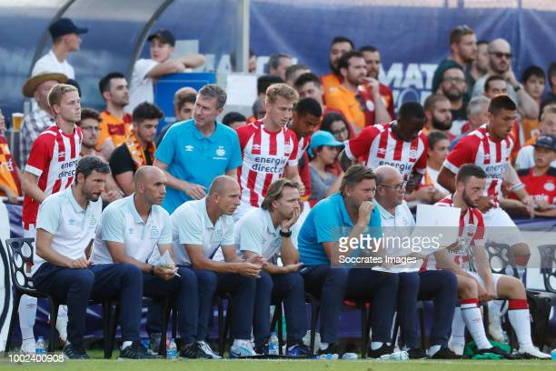 Mark van Bommel of PSV Jurgen Dirkx of PSV Reinier Robbemond of PSV Boudewijn Zenden of PSV Ruud Hesp of PSV Mart van den Heuvel of PSV during the...