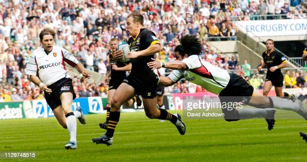 Mark van Gisbergen about to score a try during the Heineken Cup Final Wasps v Toulouse 23rd May 2004.
