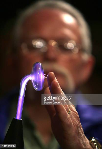 Mark Vess demonstrates a 'Master Violet Ray' Quack Medical Coil which emits a series of small electrical shocks purportedly for treating anything...