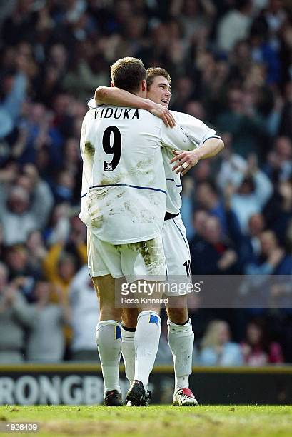 Mark Viduka of Leeds celebrates scoring with Harry Kewell during the FA Barclaycard Premiership match between Leeds United and Tottenham Hotspur at...