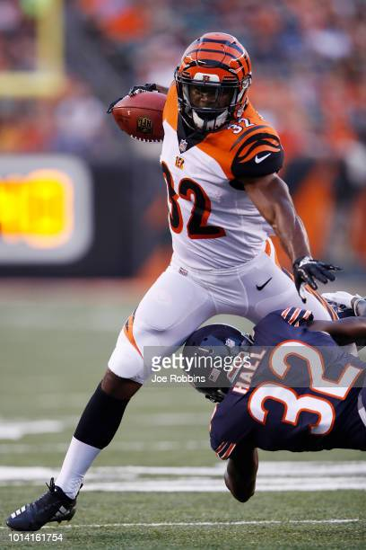 Mark Walton of the Cincinnati Bengals runs with the ball in the second quarter of a preseason game against the Chicago Bears at Paul Brown Stadium on...