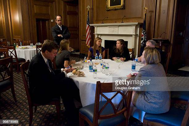 Mark Warner DVA along with his daughters Gillian Madison Eliza and wife Lisa Collis enjoy a private lunch in the Mansfield room off of the Ohio Clock...