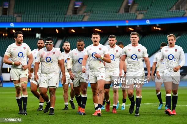 Mark Wilson, Mako Vunipola, Kyle Sinckler , Henry Slade, Mark Wilson, Owen Farrell and Max Malins of England walk off at half time during the...