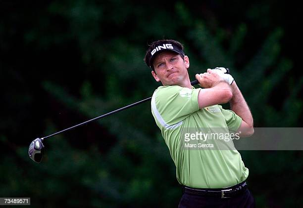 Mark Wilson tees off on the third hole during the final round of the Honda Classic on March 4 2007 at the PGA National Resort Spa in Palm Beach...