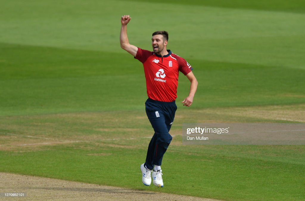 England v Australia - 2nd Vitality International Twenty20 : News Photo