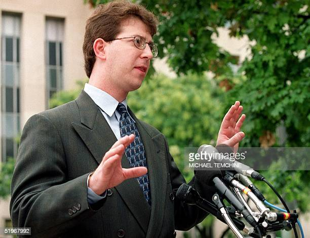 Mark Zaid attorney for Egyptian billionaire Mohammed Al Fayed speaks to reporters 31 August 2000 outside of the US District Courthouse in Washington...