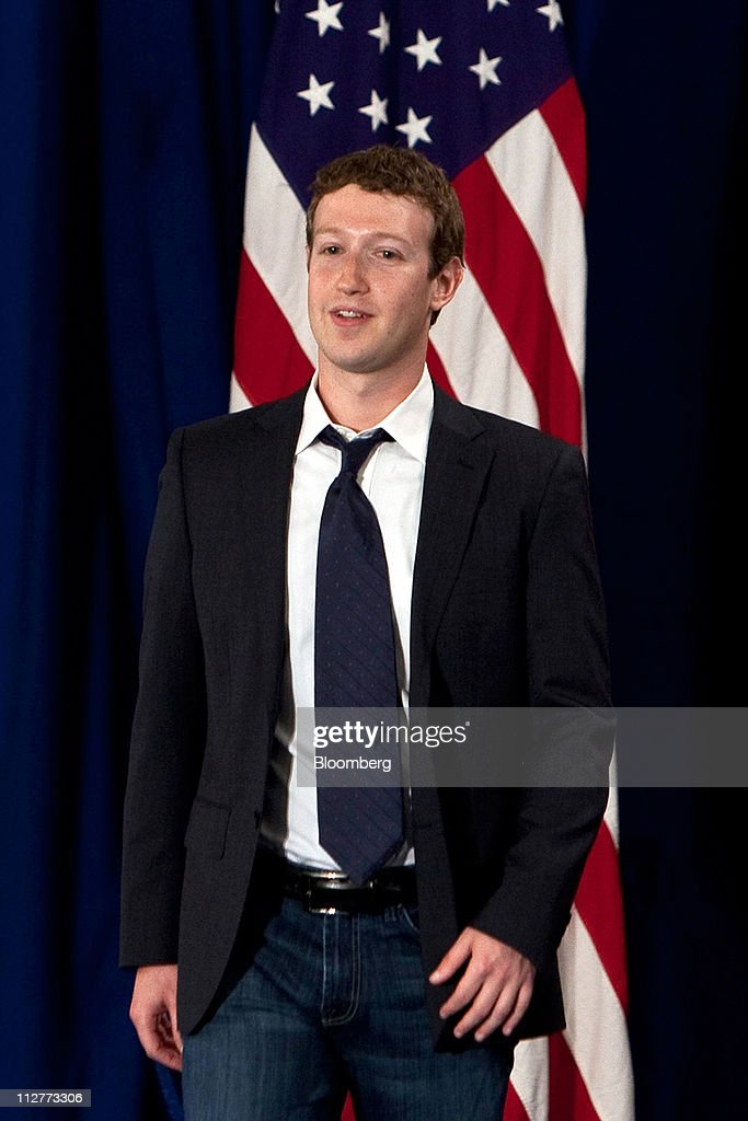 Mark Zuckerberg, co-founder and chief executive officer of Facebook Inc., arrives for a town hall event with U.S. President Barack Obama at Facebook headquarters in Palo Alto, California, U.S., on Wednesday, April 20, 2011. Obama said members of both political parties in Washington need to work together to start reducing the nation's budget deficit in a 'balanced way.' Photographer: David Paul Morris/Bloomberg via Getty Images