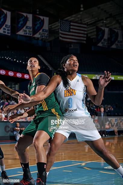 Markeisha Gatling of the Chicago Sky blocks out Nicole Powell of the Seattle Storm on June 10 2014 at the Allstate Arena in Rosemont Illinois NOTE TO...