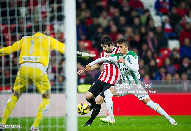 Markel Susaeta of Athletic Club duels for the ball with Daniel Pinillos of Cordoba CF during the La Liga match between Athletic Club and Cordoba CF...