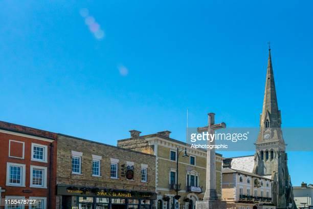 セント・アイヴスの市場のクロスと教会の尖塔, ケンブリッジシャー - ケンブリッジシャー州 ストックフォトと画像