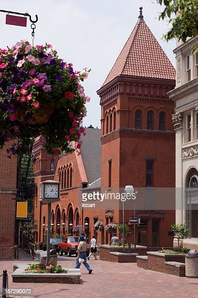 market day - lancaster county pennsylvania stock pictures, royalty-free photos & images
