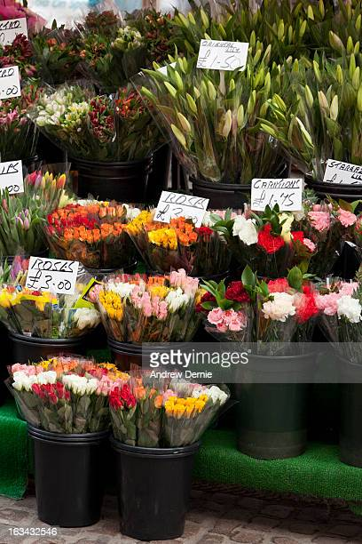 market  flower stall - andrew dernie stock pictures, royalty-free photos & images