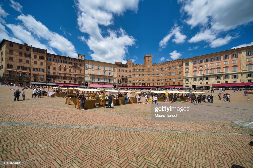 Market in Siena, Piazza del Campo, Tuscany : Stock Photo