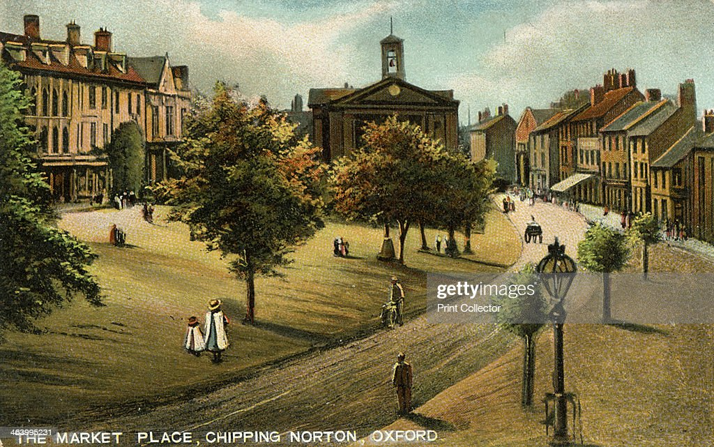 Market Place, Chipping Norton, Oxfordshire, late 19th or early 20th century.Artist: Langsdorff and Co : News Photo