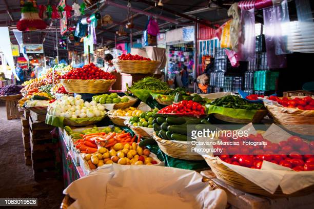 market place tianguis in oaxaca mexico - oaxaca stock pictures, royalty-free photos & images