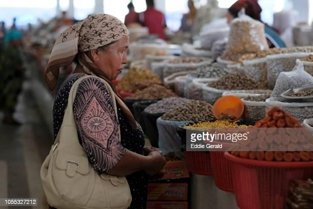 Market scene in Samarkand, Uzbekistan