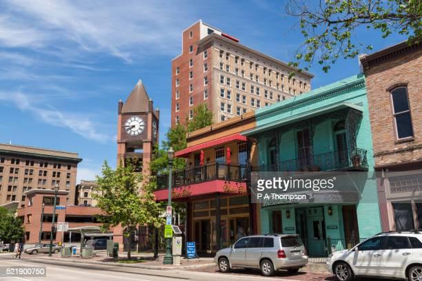 market square clock tower, houston historic district - houston texas photos et images de collection
