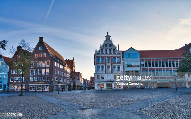 market square in lüneburg, germany - lüneburg stock pictures, royalty-free photos & images