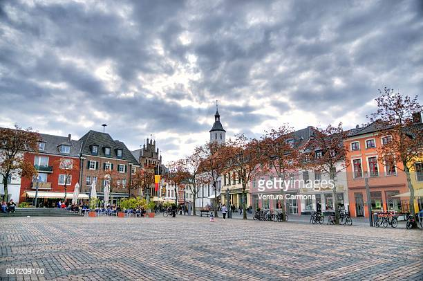 market square of xanten, germany - marktplatz stock-fotos und bilder