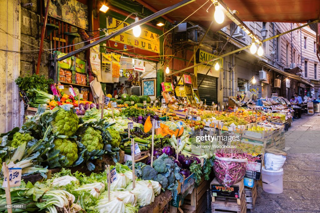 Market stalls at dawn, Palermo, Sicily, Italy : Stock Photo