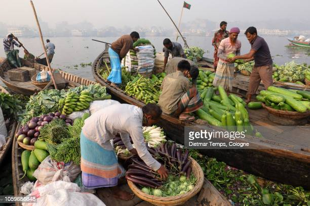 market vendors, bangladesh - dietmar temps stock photos and pictures