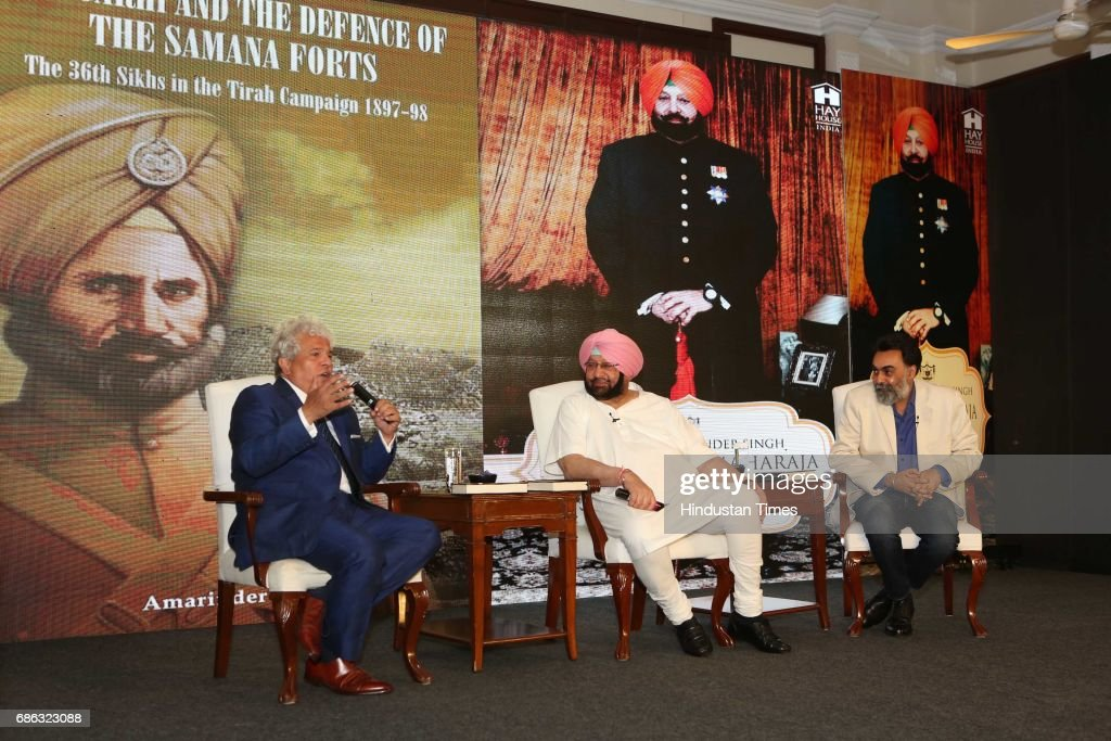 Marketing Guru Suhel Seth Punjab Chief Minister Captain Amarinder Singh and writer Khushwant Singh during the launch of a book titled `Captain...