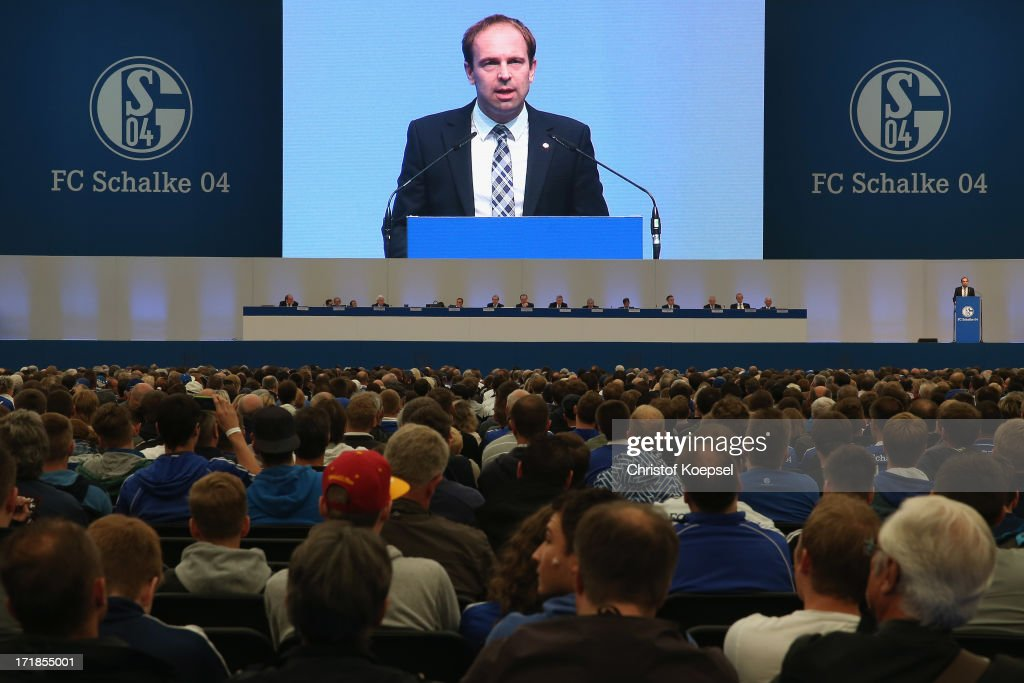Schalke 04 - Annual Meeting 2013 : News Photo