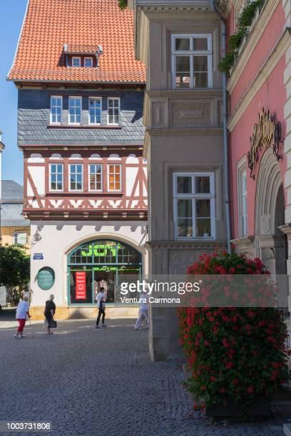 marketplace of eisenach - germany - アイゼナッハ ストックフォトと画像