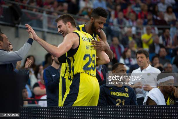 Marko Guduric #23 of Fenerbahce Dogus Istanbul celebrates during the Turkish Airlines Euroleague Play Offs Game 4 between Kirolbet Baskonia Vitoria...