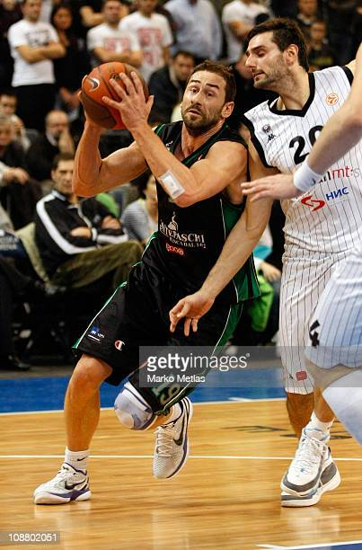 Marko Jaric #19 of Montepaschi Siena in action during the 20102011 Turkish Airlines Euroleague Top 16 Date 3 game between Partizan mts Belgrade v...