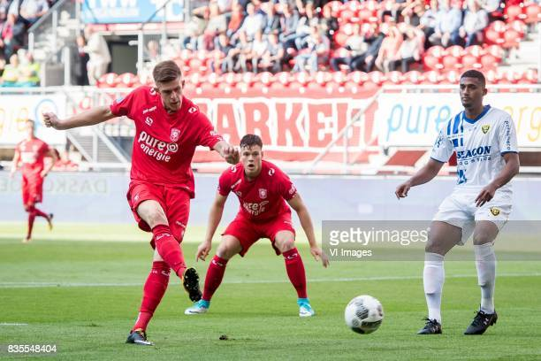 Marko Kvasina of FC Twente Tom Boere of FC Twente Jerold Promes of VVV during the Dutch Eredivisie match between FC Twente and VVV Venlo at the...