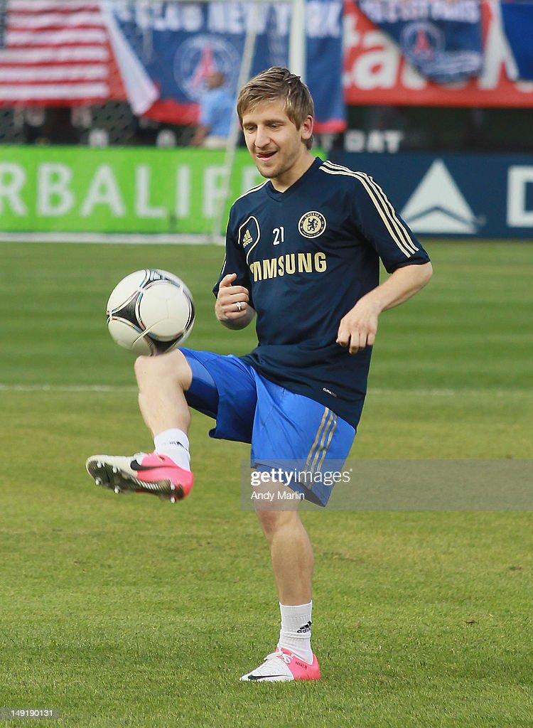 Paris Saint-Germain v Chelsea FC : News Photo
