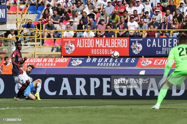 Marko Pajac of Empoli FC scores the opening goal during the Serie A match between Bologna FC and Empoli at Stadio Renato Dall'Ara on April 27 2019 in...