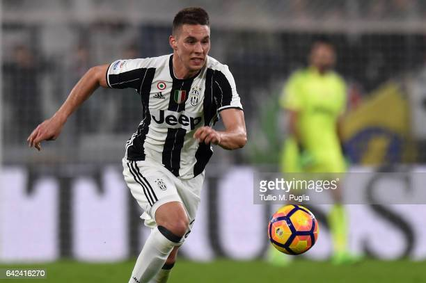 Marko Pjaca of Juventus in action during the Serie A match between Juventus FC and US Citta di Palermo at Juventus Stadium on February 17 2017 in...