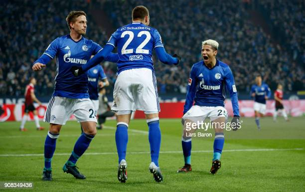 Marko Pjaca of Schalke celebrates after scoring his teams first goal during the Bundesliga match between FC Schalke 04 and Hannover 96 at...