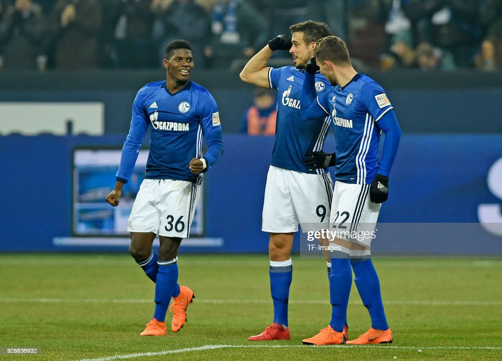 Marko Pjaca of Schalke celebrates after scoring his team`s first goal with team mates during the Bundesliga match between FC Schalke 04 and Hertha BSC at Veltins-Arena on March 03, 2018 in Gelsenkirchen, Germany.