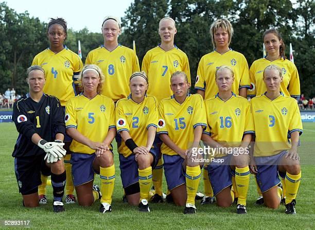 EM 2003 Markranstaedt Schweden England Team Schweden/SWE hinten vl Yolanda ODENYO Nilla FISCHER Caroline SEGER Johanna ALMGREN Maria NORDBRANDT vorne...