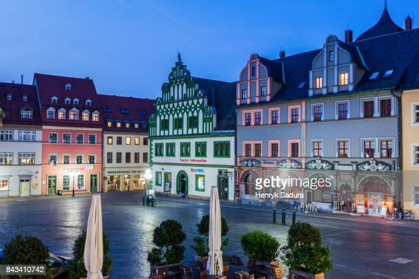 marktplatz in weimar at night - thuringia stock pictures, royalty-free photos & images