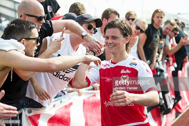 Markus Antonsson of Kalmar FF celebrates with fans after the Allsvenskan match between Falkenbergs FF andKalmar FF at Falkenbergs IP on May 29 2016...