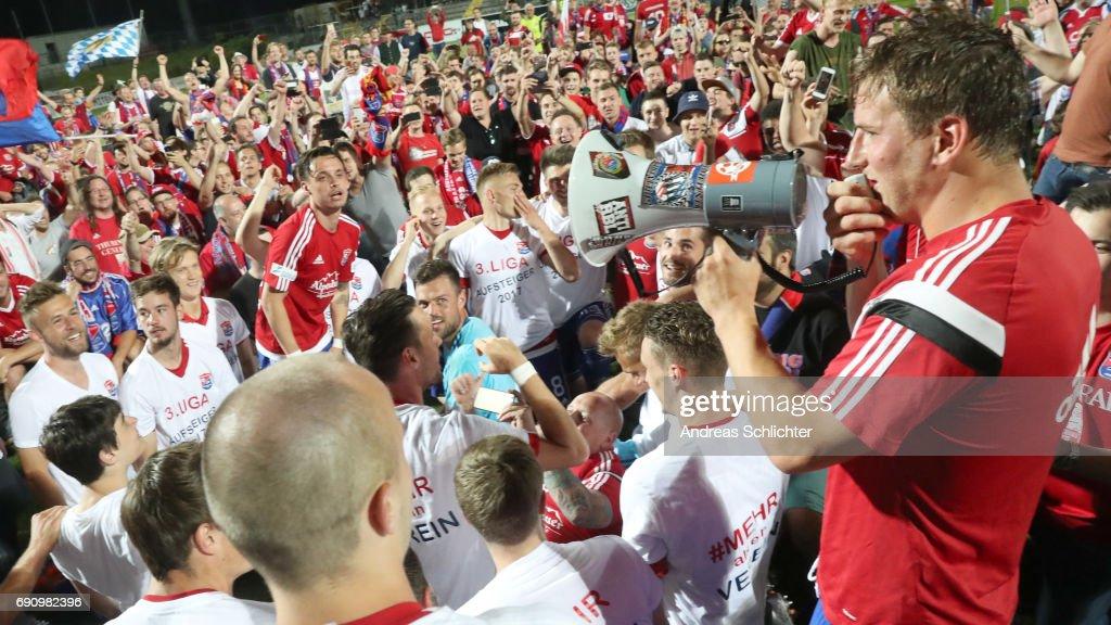 Markus Einsiedler of Unterhaching celebrate during the Third League Playoff leg two match between SV Elversberg and SpVgg Unterhaching at Ursapharmarena on May 31, 2017 in Neunkirchen, Germany.