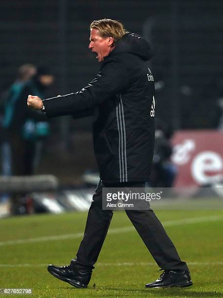Markus Gisdol head coach of Hamburg celebrates his team's second goal during the Bundesliga match between SV Darmstadt 98 and Hamburger SV at Stadion...