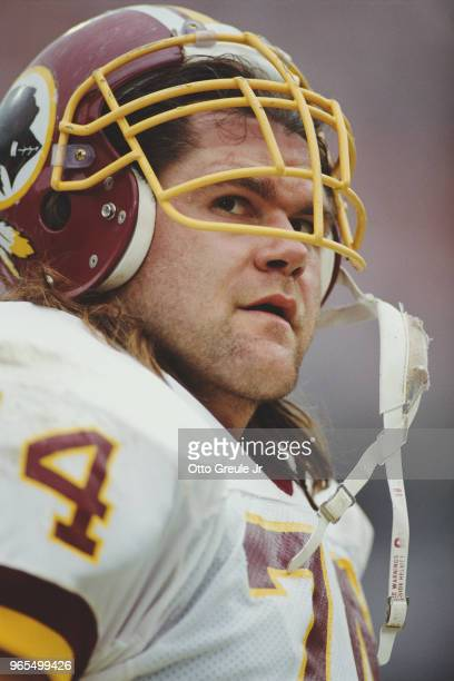 Markus Koch Defensive Tackle for the Washington Redskins during the American Football Conference Divisional Play Off game on 12 December 1991 at...