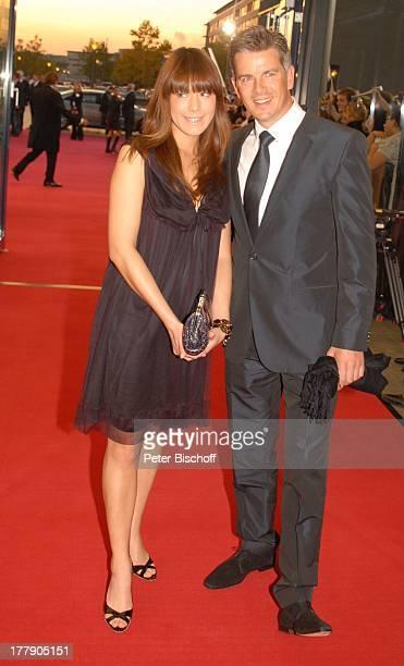 Markus Lanz Freundin Angela Gessmann ZDFGala Verleihung 'Deutscher Fernsehpreis 2008' 'Coloneum' Köln NordrheinWestfalen Deutschland Europa roter...