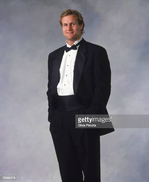 Markus Naslund of the Vancouver Canucks poses for a portrait during the 2002-03 NHL Awards at the Convention Centre on June 12, 2003 in Toronto,...