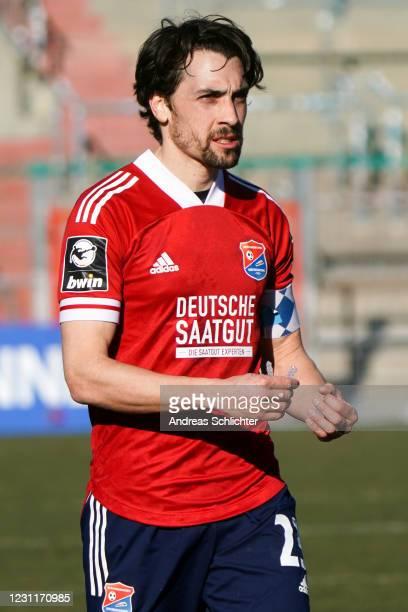 Markus Schwabl of SpVgg Unterhaching during the 3. Liga match between SpVgg Unterhaching and 1. FC Saarbrücken at Alpenbauer Sportpark on February...