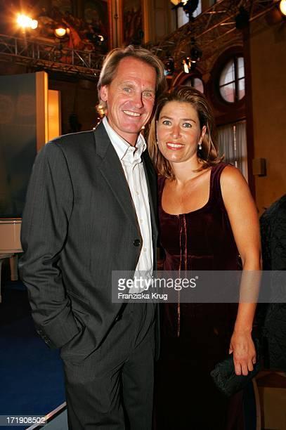 Markus Wasmaier Mit Seiner Ehefrau Brigitte Beim Empfang Für F Beckenbauer Anlässlich Seines 60 Geburtstags Am Donnerstag In Der Münchner Residenz