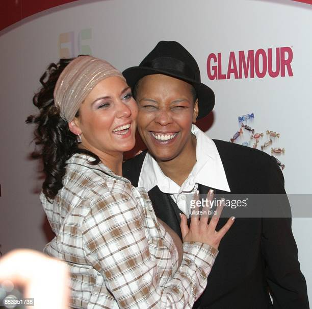 Marla Glenn Saengerin USA mit Ehefrau Sabrina Glenn zur CELEBRATIONS LOVE NIGHT im Hotel Westin Grand in Berlin
