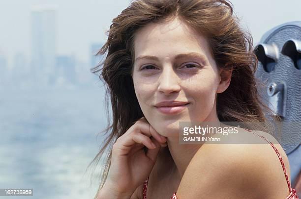 Marla Hanson Model Get Her Her Face Back ETATSUNIS 1987 un jeune mannequin américain Marla HANSON défigurée à coups de rasoir par deux voyous le 4...